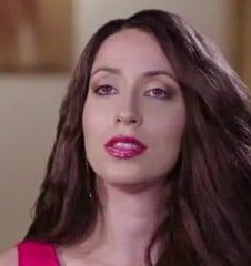 Amira Lollysa Career, Income, Salary