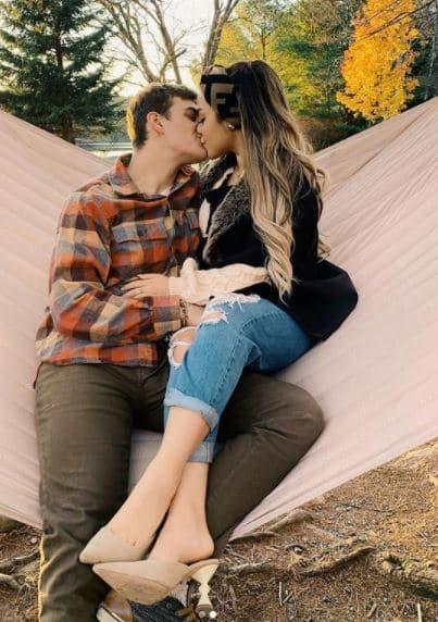 Gabi DeMartino Boyfriend, Dating, Kissing, Collin