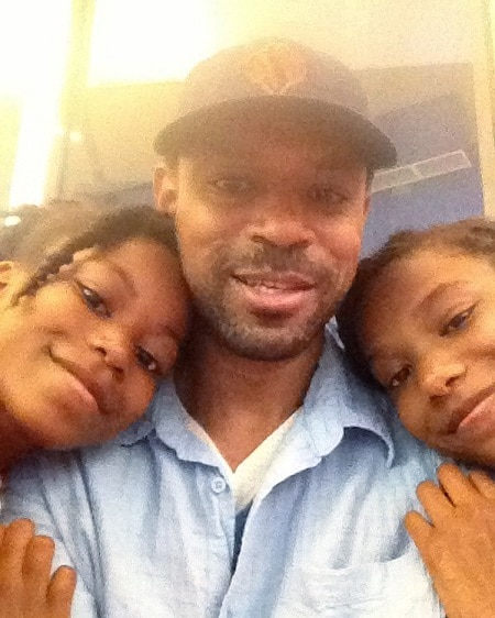 Riele Downs father, sister