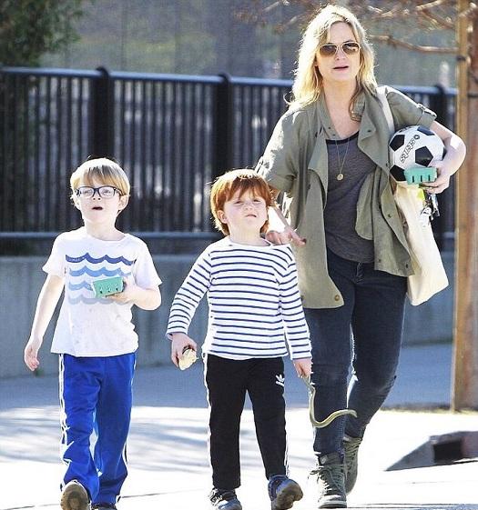 Amy Poehler children