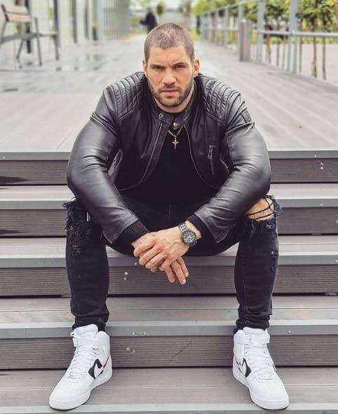 Florian Munteanu Dating, Girlfriend, Partner