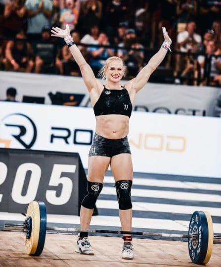 Annie Thorisdottir Net Worth, Salary, Income