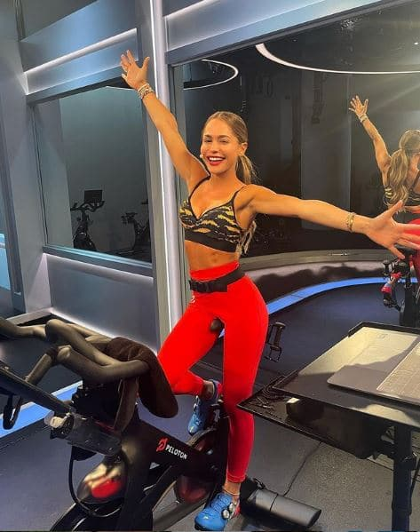 Olivia Amato Net Worth, Salary, Income