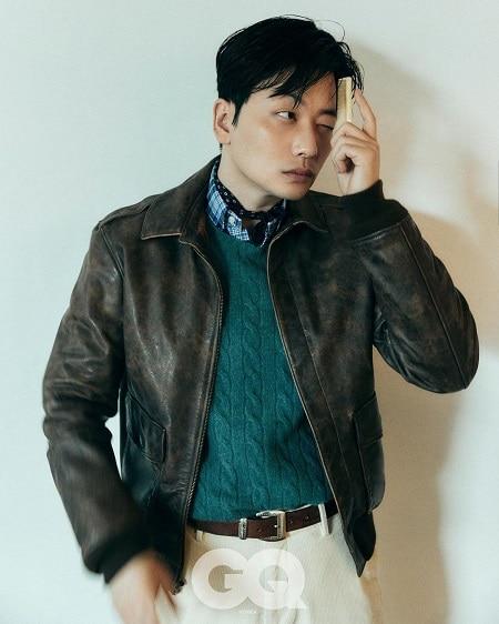Lee Dong-hwi net worth